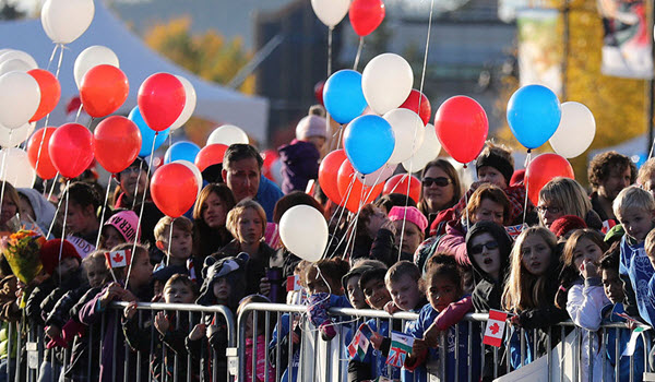 The Best Tips To Throw A Royal Street Party Using Balloons